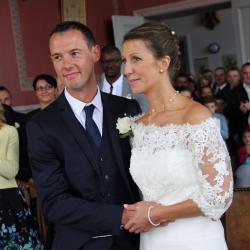 L'album privé du mariage de Dorothée et Stéphane est en ligne.