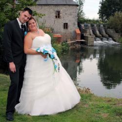 L'album privé du mariage de Stéphanie et Steve est en ligne