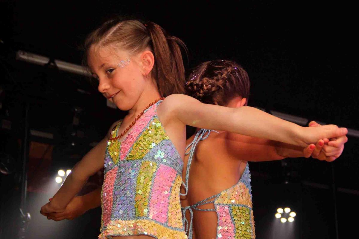 Joveniaux photographe semeries gala de danse asad reportage